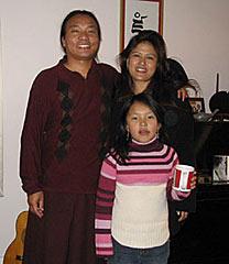 kenpo-sonam-with-his-family