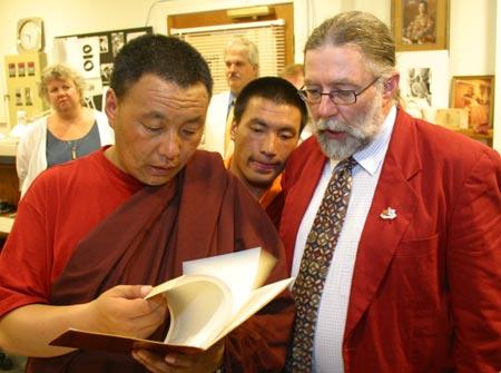 Karma Senge Rinpoche visits the Shambhala Archives. Photo by Marvin Moore.